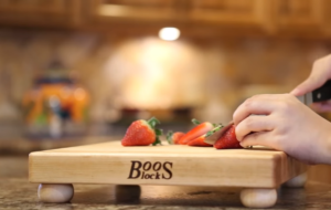 What is the Best Wood For Cutting Boards